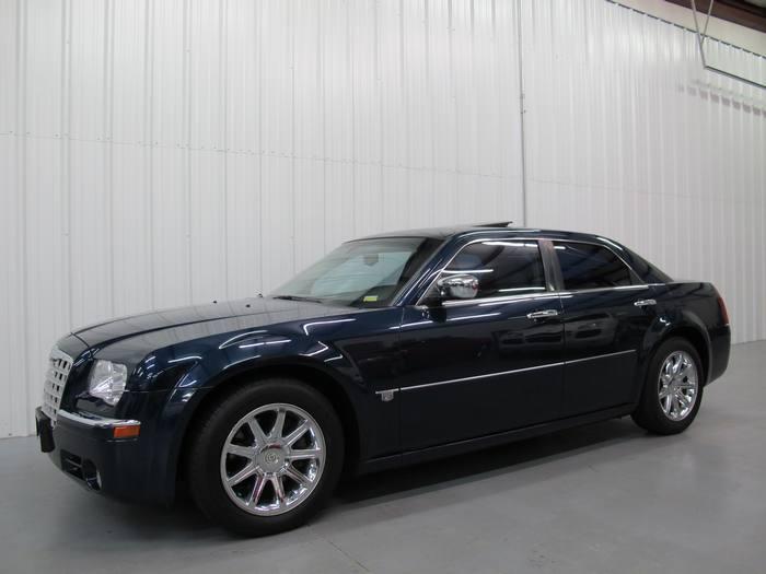2005 Chrysler 300 300C HEMI