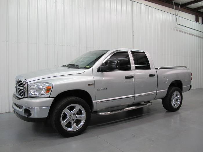 2008 Dodge RAM 1500 BIG HORN SLT 4X4 CREW
