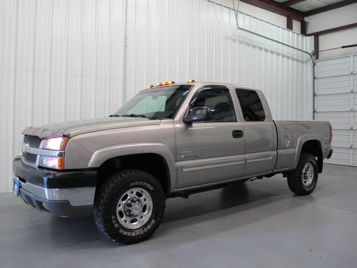 2003 Chevrolet Silverado 2500HD 4x4 DIESEL