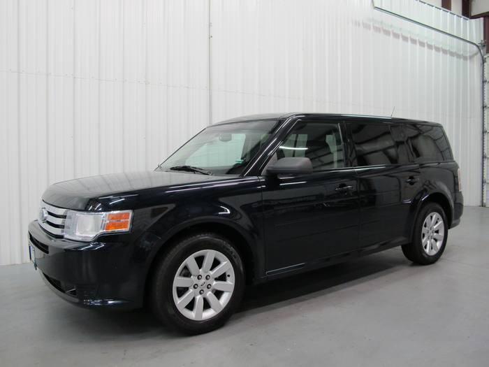 2009 Ford Flex SE 3RD ROW BLUETOOTH AUX PLUG IN