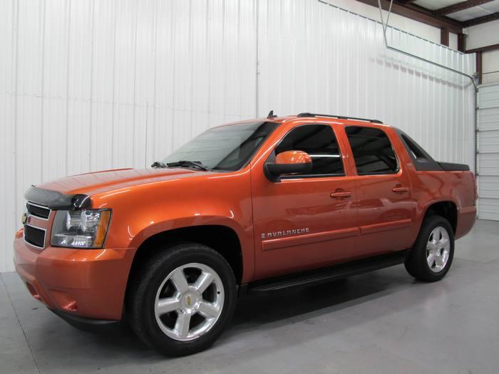 2007 Chevrolet Avalanche LTZ 4X4 NAV DVD