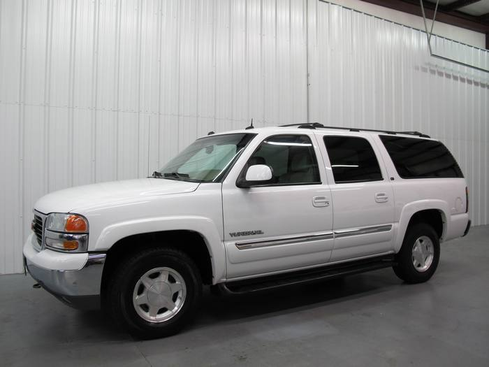 2004 GMC Yukon XL SLT 4X4 DVD SUNROOF