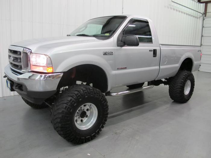 2004 Ford Super Duty F-250 XL*4x4 turbo diesel*HUGE lift*