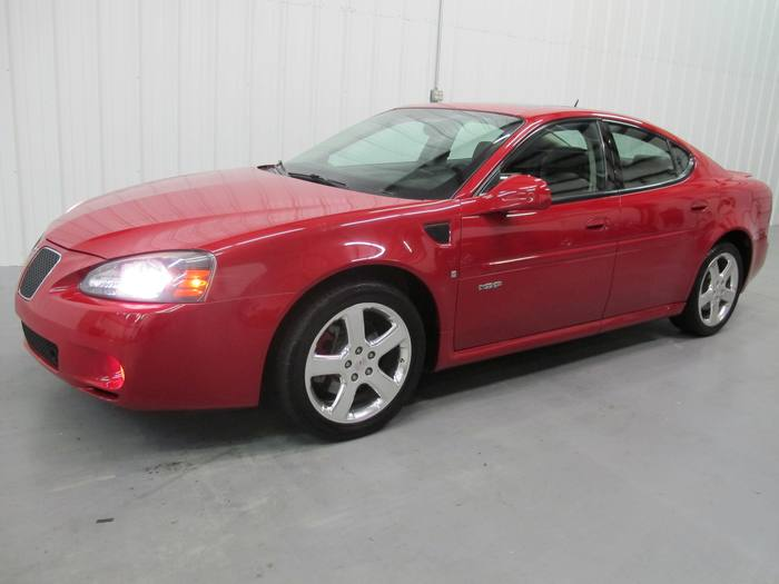 2008 Pontiac Grand Prix GXP*leather sunroof*V8*heated seats
