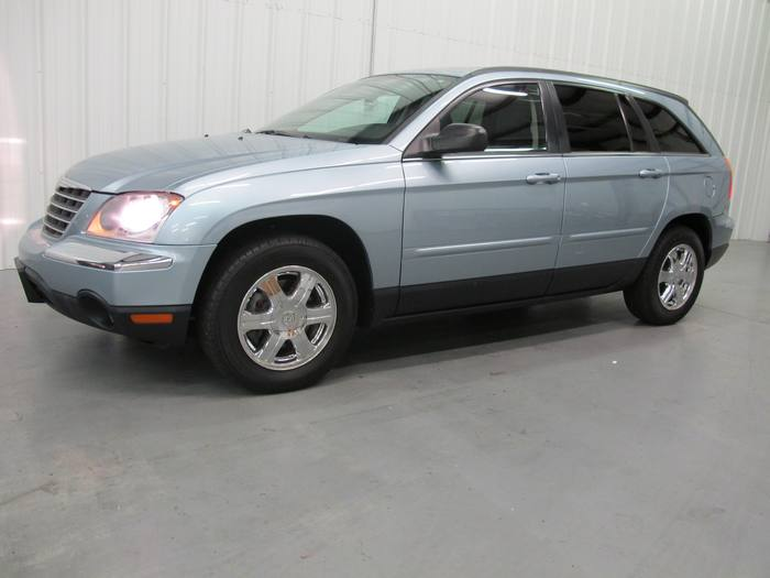 2005 Chrysler Pacifica Touring * Leather DVD