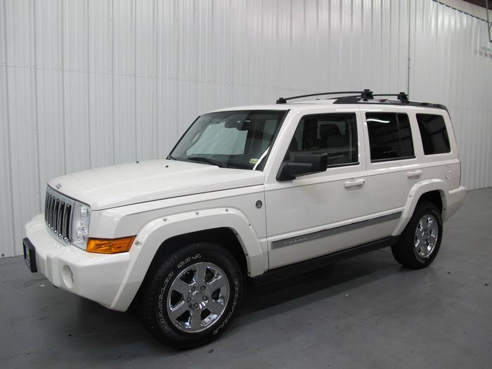 2006 Jeep Commander Limited *Sunroof * Hemi * DVD * Leather 4x4