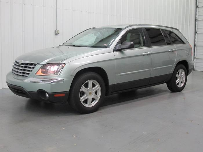 2004 Chrysler Pacifica * 3RD ROW * LEATHER * SUNROOF!