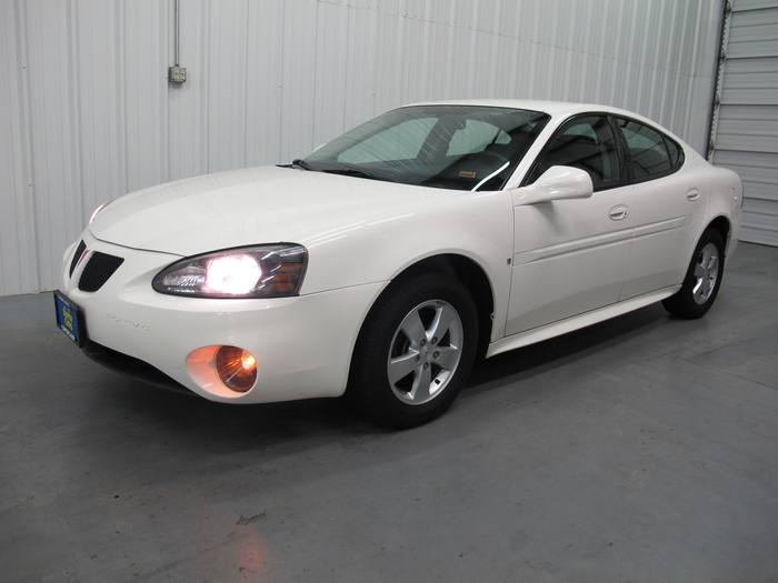 2008 Pontiac Grand Prix * NO CREDIT NEEDED!!