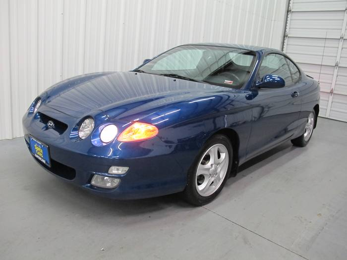 2001 Hyundai Tiburon COUPE LOW MILES EXTRA CLEAN SUNROOF 6SPEED MANUAL