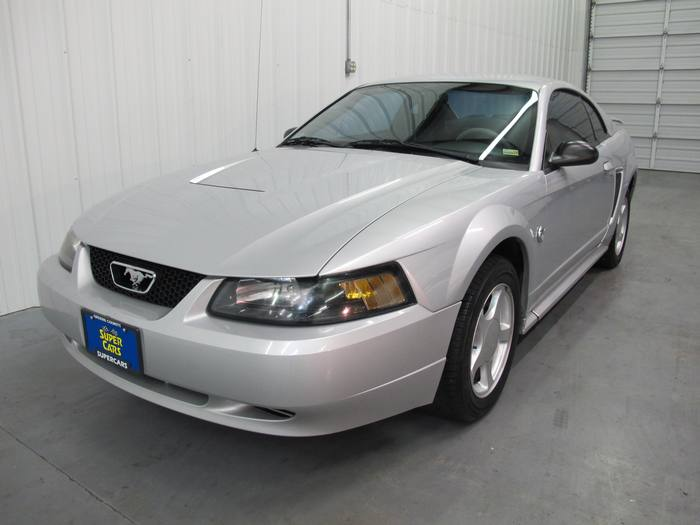 2004 Ford Mustang 40TH EDITION COUPE 5SPEED MANUAL