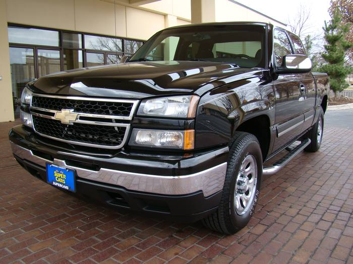 2007 Chevrolet Silverado 1500 Classic LT Z71 4X4 EXT CAB TOW PACKAGE CD/MP3 CHROMES