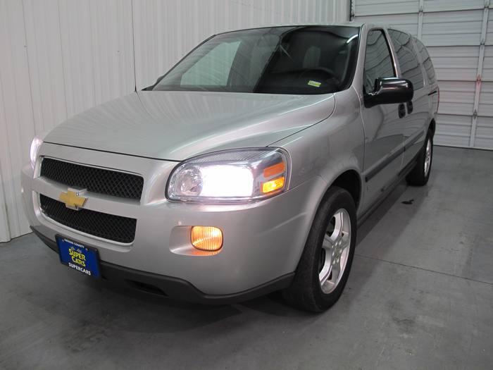2007 Chevrolet Uplander LS 3RD ROW 4DOOR CD/MP3 NEW TIRES