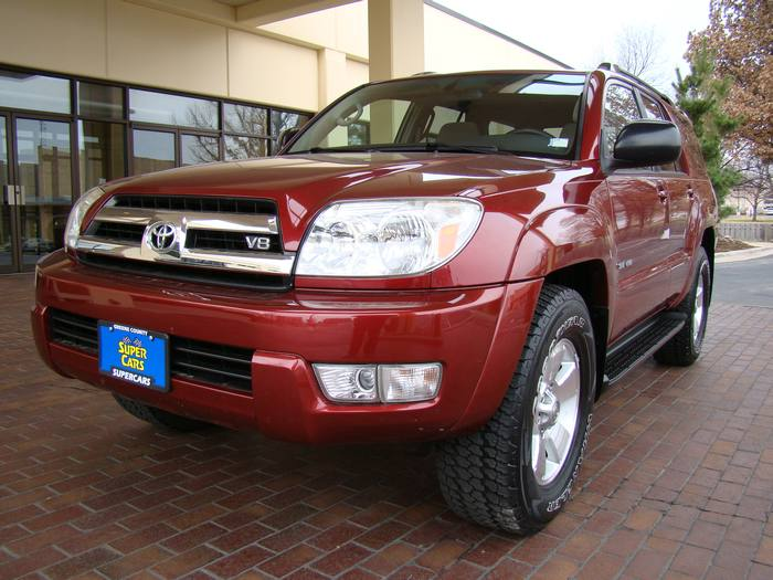 2005 Toyota 4Runner ONE OWNER SR5 SUNROOF 4X4 PREMIUM SEATS