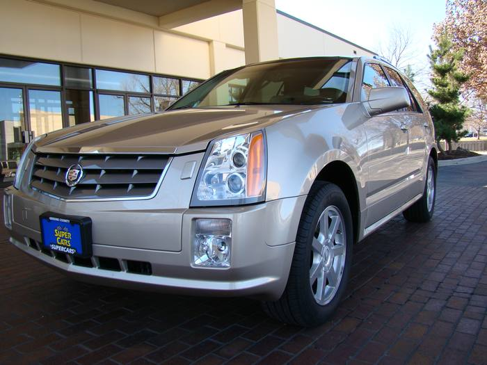2005 Cadillac SRX ONE OWNER AWD SKYVIEW 3RD ROW HEATED LEATHER NAV