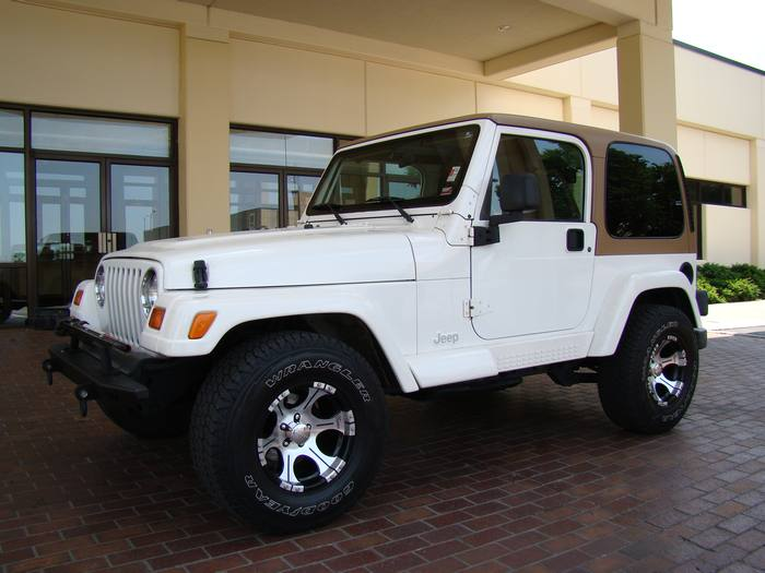 1998 Jeep Wrangler SAHARA 4X4