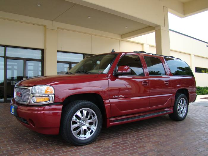 2006 GMC Yukon XL Denali AWD NAVIGATION DVD