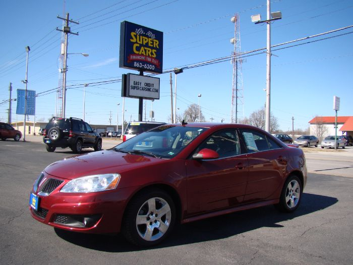 2010 Pontiac G6 / / NO CREDIT NEEDED!!