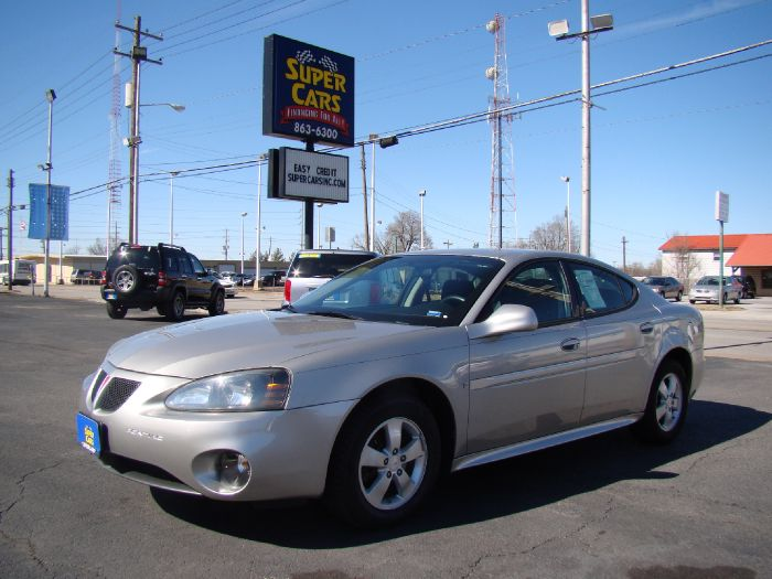 2008 Pontiac Grand Prix / / NO CREDIT NEEDED!!