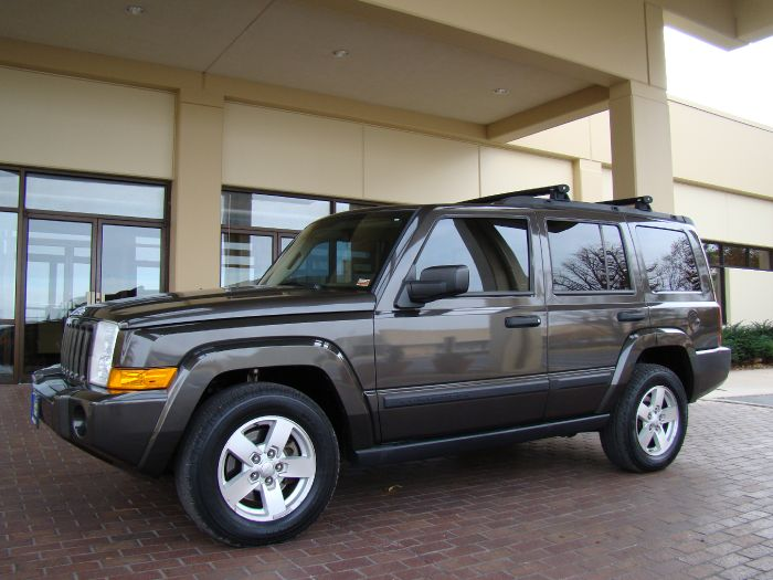 2006 Jeep Commander AWD 3rd ROW