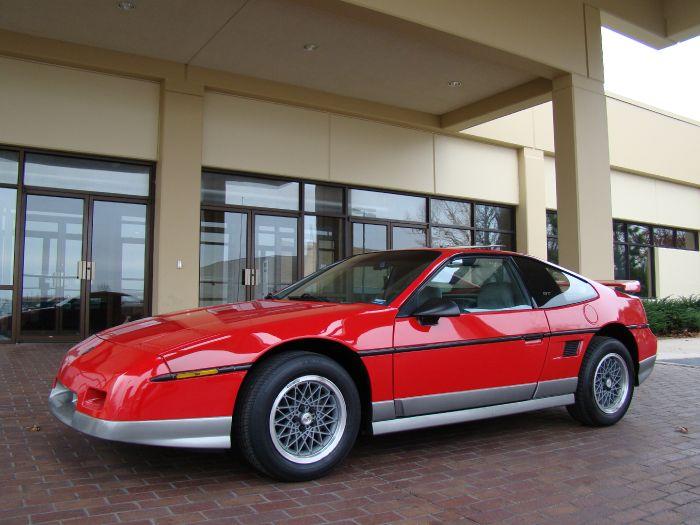1986 Pontiac Fiero Sport GT