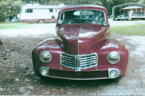 1947 Lincoln Deluxe Coupe 1