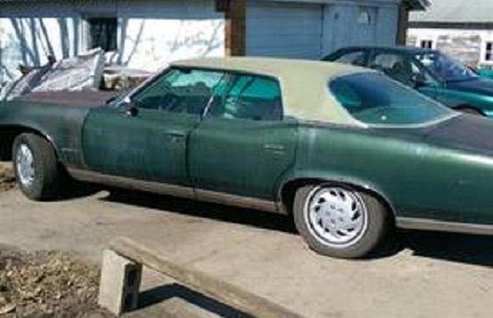 1974 Pontiac Bonneville 1