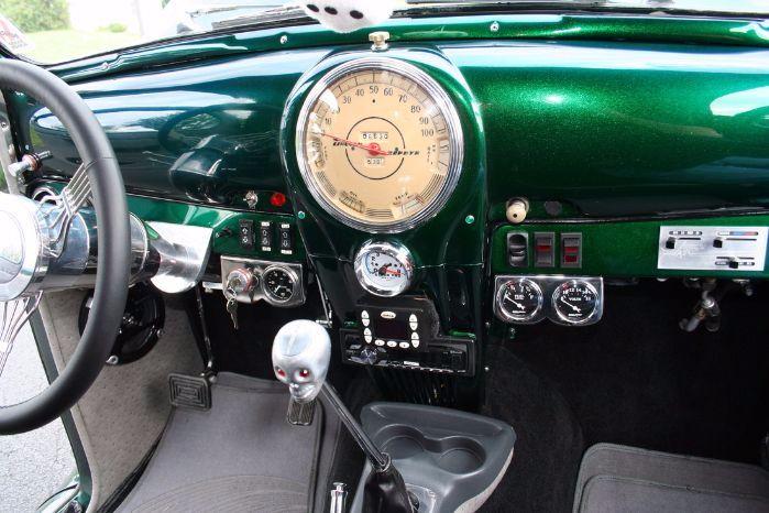 1939 Lincoln Zephyr 2