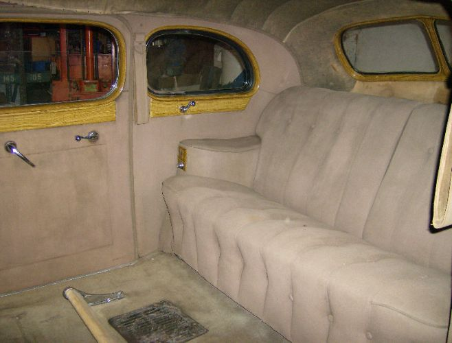 1940 Packard Touring Limousine 4