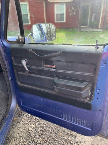 1983 Chevrolet Pickup 7