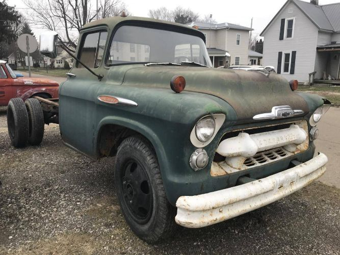 1957 Chevrolet 4400