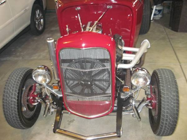 1932 Ford Roadster 4