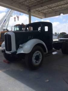 1950 Mack A50T