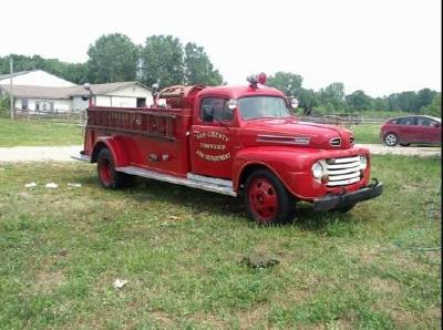 1948 Ford F5 Fire Truck