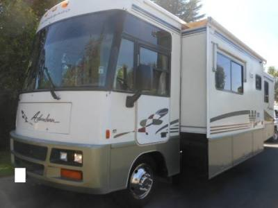 1999 Winnebago Adventure