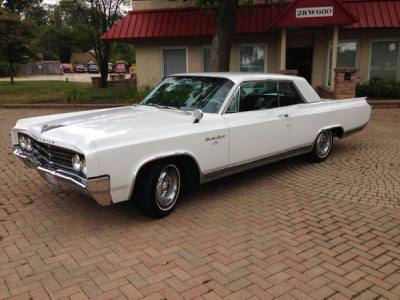 1963 Oldsmobile Holiday 98