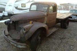 1942 Chevrolet FLATBED DUALLY