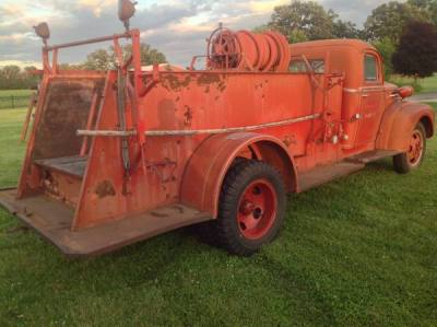 1942 Ford 1 1/2 Ton Fire Truck