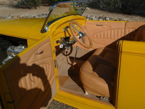 1932 Ford Roadster 2