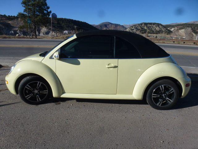 2005 Volkswagen New Beetle Convertible GL