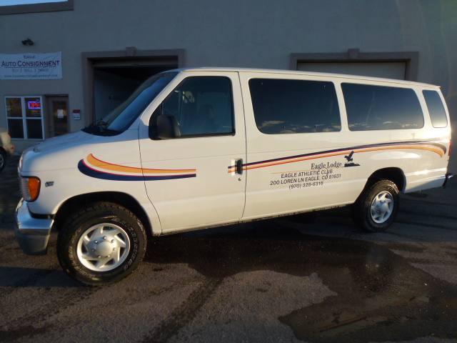 2002 Ford Econoline Wagon XLT - E350