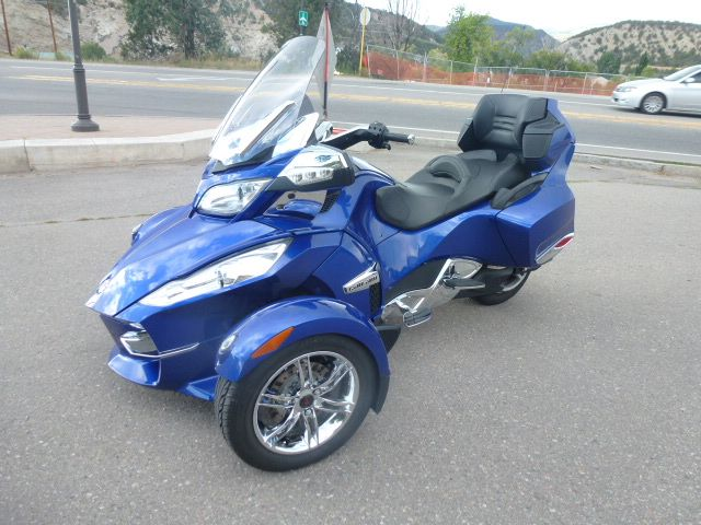2012 Can-Am Spyder RTS