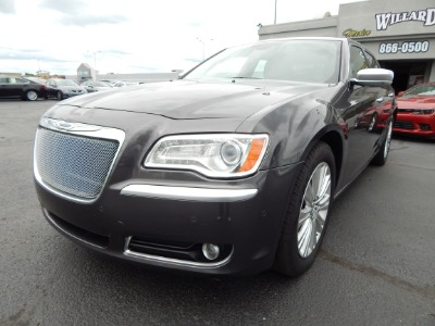 2013 Chrysler 300 300C John Varvatos Luxury Edition