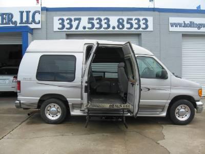 2003 Ford Econoline Cargo Van Handicap Lift Van