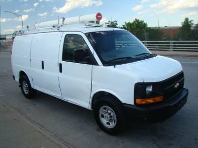 2008 Chevrolet Express Cargo Van G2500