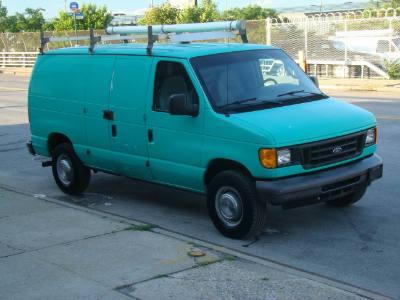 2006 Ford Econoline Cargo Van Cargo E350 Super Duty