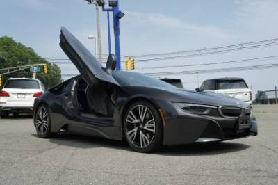 2016 BMW i8 Tera World