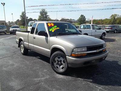 1999 Chevrolet S-10 LS Extended Cab 4x4