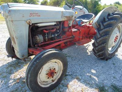 Used Ford 600