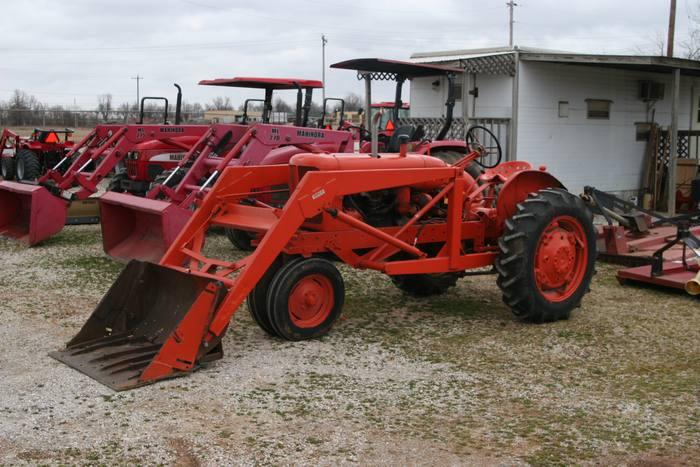 1950 WD Allis With Loader
