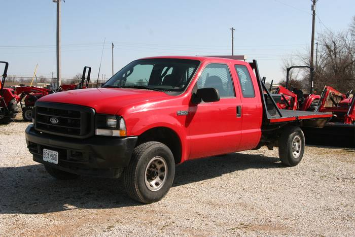 2003 Ford Super Duty F-250 Flat Bed